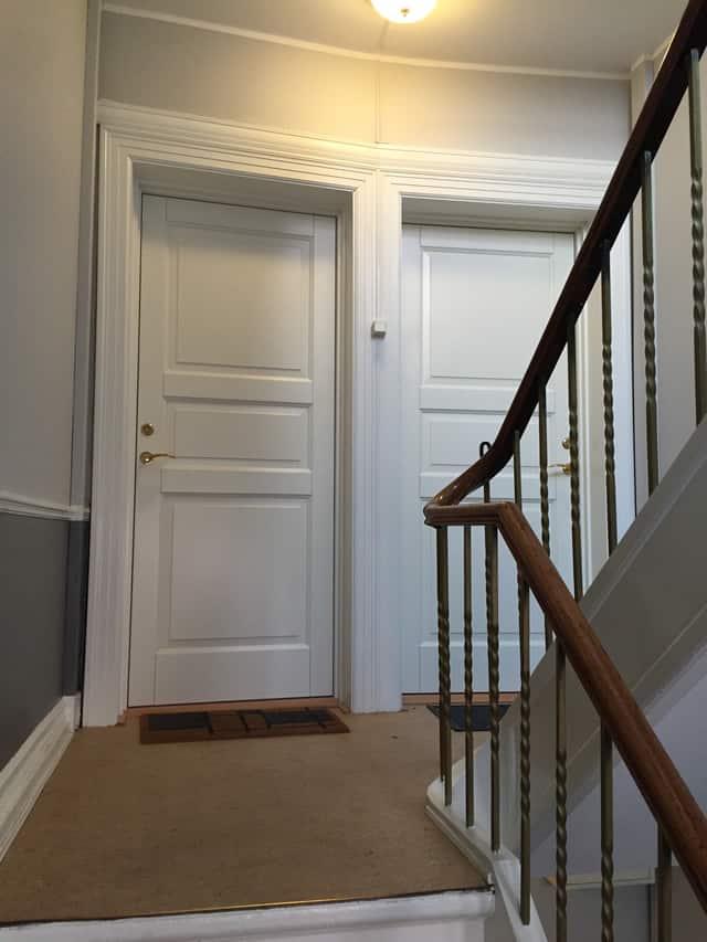trappe_og_døre_og_gelænder