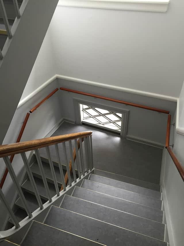 trappeopgang_med_nyt_gelænder