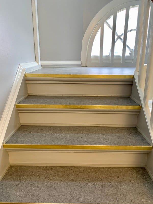 grå_trappe