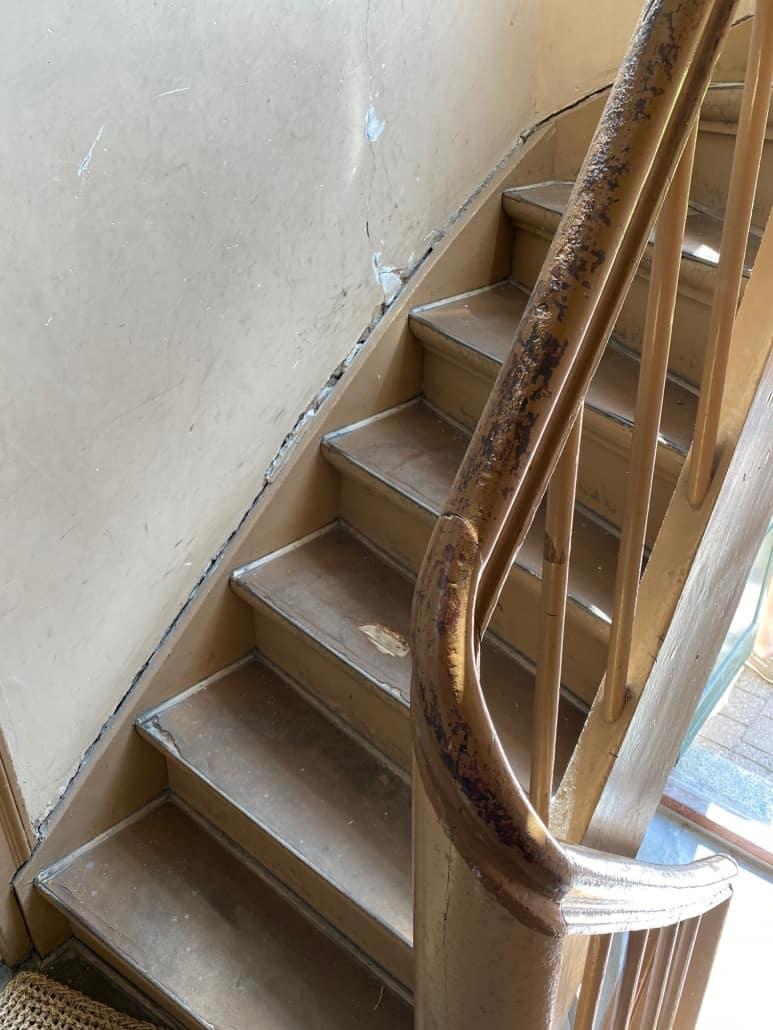 slidt_trappe_og_gelænder