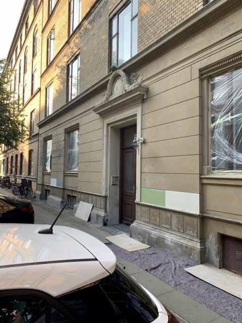 gul_facade_lejlighed